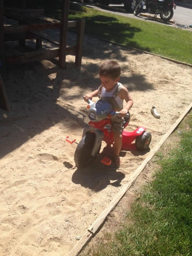 Damian moto sand